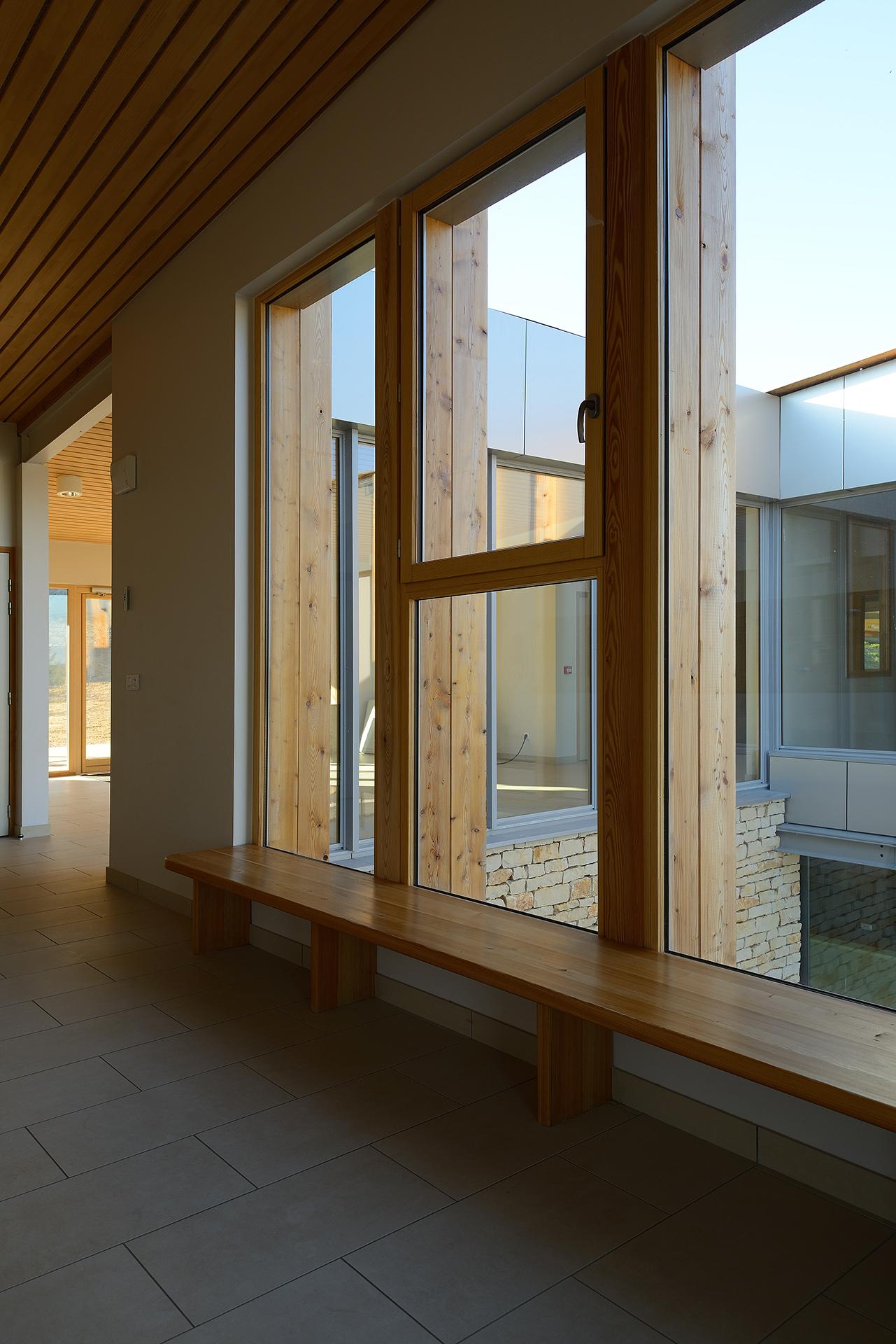 Salle associative Anse (Atelier Régis Gachon Architecte)
